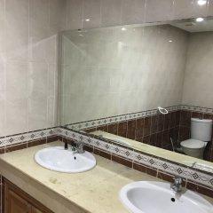 Отель Résidence Les Ambassadeurs Марокко, Рабат - отзывы, цены и фото номеров - забронировать отель Résidence Les Ambassadeurs онлайн ванная