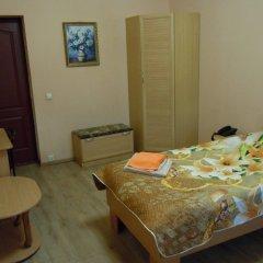Гостиница Family-Hotel в Кургане отзывы, цены и фото номеров - забронировать гостиницу Family-Hotel онлайн Курган комната для гостей