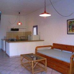 Отель Esperides Maisonettes Греция, Эгина - отзывы, цены и фото номеров - забронировать отель Esperides Maisonettes онлайн комната для гостей