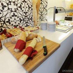 Отель Holiday Inn Genoa City Генуя питание