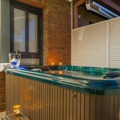 Отель Aparthotel Mariano Cubi Barcelona бассейн