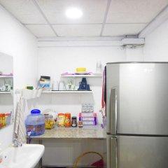 My Home 22-female Hostel Бангкок удобства в номере