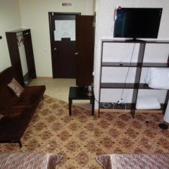 Гостиница Mini-Hotel Jan в Барнауле отзывы, цены и фото номеров - забронировать гостиницу Mini-Hotel Jan онлайн Барнаул комната для гостей фото 3