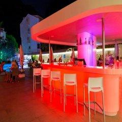 Mirage World Hotel - All Inclusive гостиничный бар