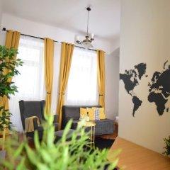 Отель Standard Apartment by Hi5 - Chainbridge Венгрия, Будапешт - отзывы, цены и фото номеров - забронировать отель Standard Apartment by Hi5 - Chainbridge онлайн интерьер отеля