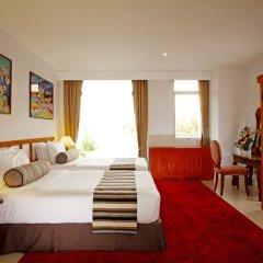 Отель Waterfront Suites Phuket by Centara комната для гостей фото 2