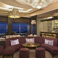 Отель The Ritz Carlton гостиничный бар