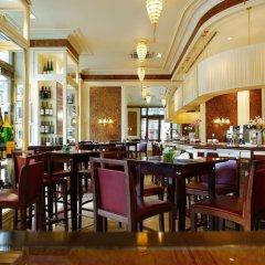 Hotel Sacher гостиничный бар