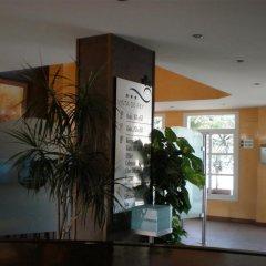 Vista De Rey Hotel интерьер отеля
