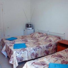 Гостиница ЛеЛюкс в Ольгинке отзывы, цены и фото номеров - забронировать гостиницу ЛеЛюкс онлайн Ольгинка сейф в номере
