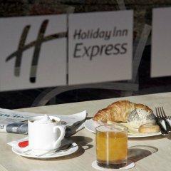 Отель Holiday Inn Express Bilbao Испания, Дерио - отзывы, цены и фото номеров - забронировать отель Holiday Inn Express Bilbao онлайн в номере