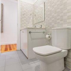 Отель Charming Santos Португалия, Лиссабон - отзывы, цены и фото номеров - забронировать отель Charming Santos онлайн ванная фото 2