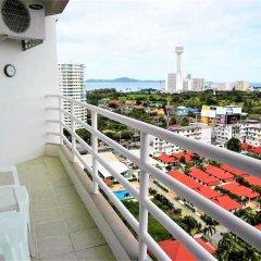 Апартаменты Sea View 1 bed Apartment Паттайя балкон