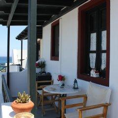 Отель Vrachia Studios & Apartments Греция, Остров Санторини - отзывы, цены и фото номеров - забронировать отель Vrachia Studios & Apartments онлайн балкон