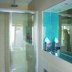 Отель Seraphine London Kensington Gardens Великобритания, Лондон - отзывы, цены и фото номеров - забронировать отель Seraphine London Kensington Gardens онлайн ванная