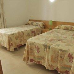 Отель Apartamentos Zodiac Испания, Льорет-де-Мар - отзывы, цены и фото номеров - забронировать отель Apartamentos Zodiac онлайн комната для гостей