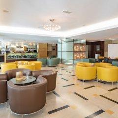 Radisson Blu Hotel, Riyadh гостиничный бар