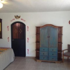 Отель Posada Margaritas сейф в номере