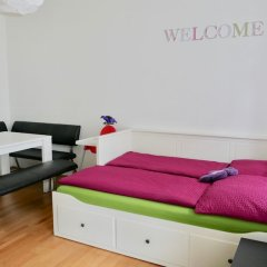 Апартаменты Govienna Modern Apartment Вена комната для гостей фото 4