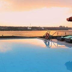 Отель Holiday Inn Cairo Maadi бассейн фото 3