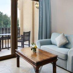 Отель Hilton Al Hamra Beach & Golf Resort комната для гостей фото 5