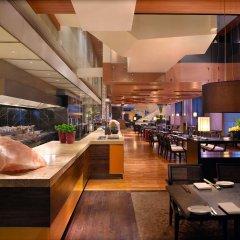 Отель Grand Hyatt Guangzhou гостиничный бар