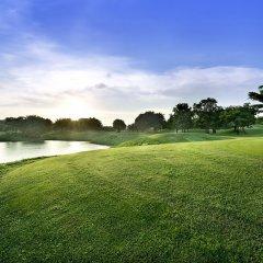 Отель Dongguan Hillview Golf Club спортивное сооружение