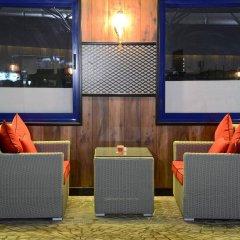 Отель Sun And Sand Clock Tower Дубай гостиничный бар