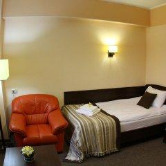Гостиница Камелот в Калуге 1 отзыв об отеле, цены и фото номеров - забронировать гостиницу Камелот онлайн Калуга комната для гостей фото 3