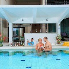Отель Centra by Centara Coconut Beach Resort Samui бассейн