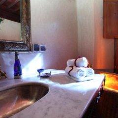 Отель Riad Tahar Oasis Марокко, Марракеш - отзывы, цены и фото номеров - забронировать отель Riad Tahar Oasis онлайн удобства в номере фото 2