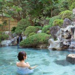 Ureshino Onsen Family Hotel Shinsenkaku Кашима бассейн