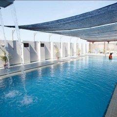 Отель Bayview Beach Resort Малайзия, Пенанг - 6 отзывов об отеле, цены и фото номеров - забронировать отель Bayview Beach Resort онлайн бассейн фото 2