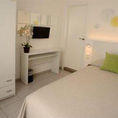 Отель Hostal Tarba удобства в номере