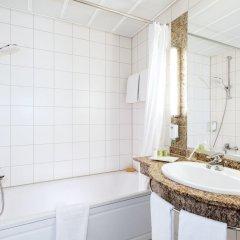 Отель NH Köln Altstadt Германия, Кёльн - 1 отзыв об отеле, цены и фото номеров - забронировать отель NH Köln Altstadt онлайн ванная