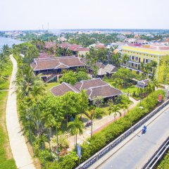 Отель Pho Hoi Riverside Resort пляж