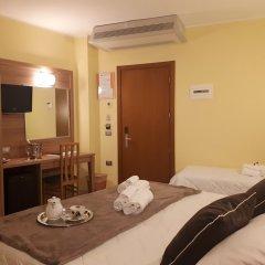 Hotel La Ninfea сейф в номере