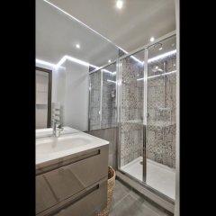 Отель Guest Trotter Chaillot Франция, Париж - отзывы, цены и фото номеров - забронировать отель Guest Trotter Chaillot онлайн ванная