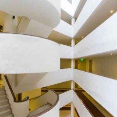 Отель Thomson Hotels & Residences at Ramkhamhaeng Таиланд, Бангкок - отзывы, цены и фото номеров - забронировать отель Thomson Hotels & Residences at Ramkhamhaeng онлайн бассейн