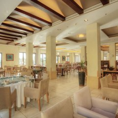 Отель Radisson Blu Tala Bay Resort, Aqaba питание