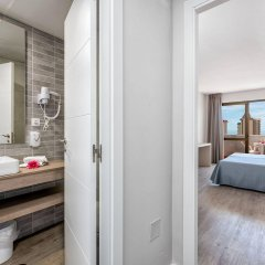 Отель Aparthotel Veramar ванная