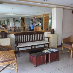 Отель Nichols Airport Hotel Филиппины, Паранак - отзывы, цены и фото номеров - забронировать отель Nichols Airport Hotel онлайн интерьер отеля фото 2