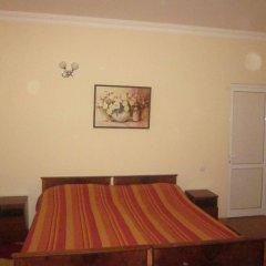 Отель Casanova Inn Армения, Дилижан - 2 отзыва об отеле, цены и фото номеров - забронировать отель Casanova Inn онлайн комната для гостей фото 5