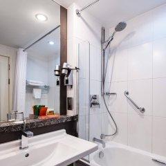 Отель NH London Kensington ванная