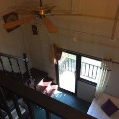 Отель Sunrise Guesthouse Таиланд, Бухта Чалонг - отзывы, цены и фото номеров - забронировать отель Sunrise Guesthouse онлайн интерьер отеля фото 2