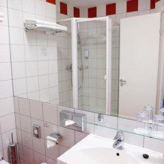 Отель Kaunas Литва, Каунас - 11 отзывов об отеле, цены и фото номеров - забронировать отель Kaunas онлайн ванная фото 2