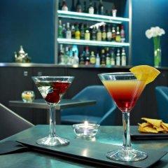 Отель Bassano Франция, Париж - отзывы, цены и фото номеров - забронировать отель Bassano онлайн гостиничный бар
