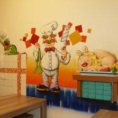 Happy Go Lucky Hotel + Hostel Берлин удобства в номере