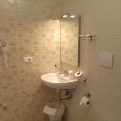 Отель Mediterranea Sea House Италия, Монтезильвано - отзывы, цены и фото номеров - забронировать отель Mediterranea Sea House онлайн ванная фото 2