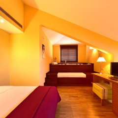 Отель Pestana Sintra Golf сейф в номере